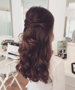 Elegant Wedding Hairstyle Ideas For Brides To Try20