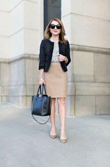 Impressive Spring And Summer Work Outfits Ideas For Women32