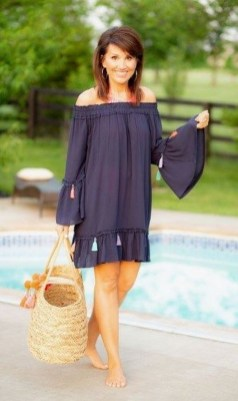 Inspiring Spring And Summer Outfits Ideas For Women Over 4015