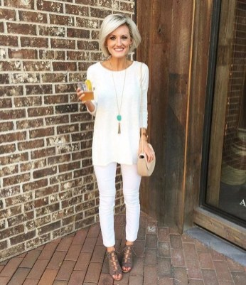 Inspiring Spring And Summer Outfits Ideas For Women Over 4017