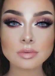 Latest Prom Makeup Ideas Looks Fantastic For Women25