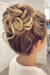 Unique Bun Hairstyles Ideas That Youll Love39