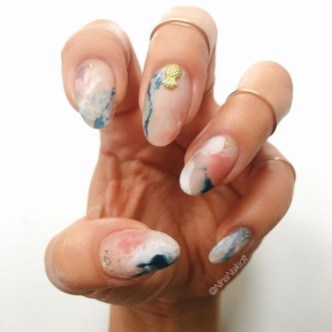 Unusual Watercolor Nail Art Ideas That Looks Cool17