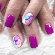 Unusual Watercolor Nail Art Ideas That Looks Cool22