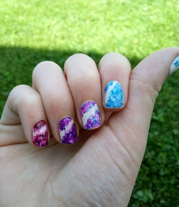 Unusual Watercolor Nail Art Ideas That Looks Cool25