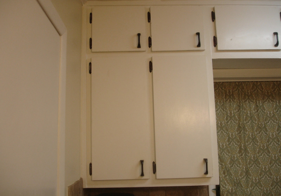 Update Plain Kitchen Cabinet Doors By Adding Moulding Part 35