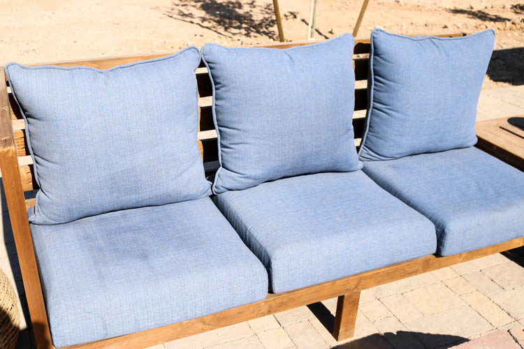 how to clean patio cushions the easy
