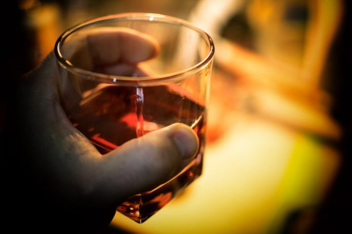 "Almost Alcoholic: 3 Signs You're A ""Risky Drinker"