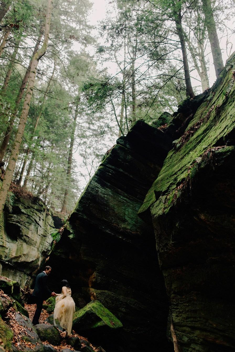 best-engagement-photographers-cuyahoga-valley-national-park-037