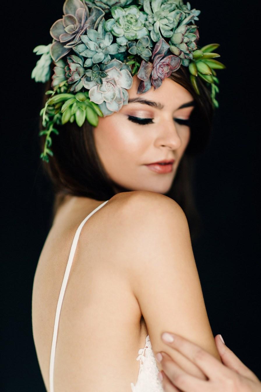 live-succulent-jewlery-columbus-ohio-bridal-shoot-45