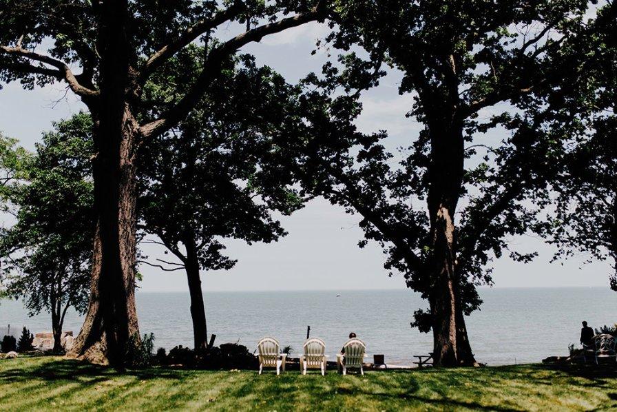 lake-erie-airbnb-backyard-wedding-cleveland-ohio-001