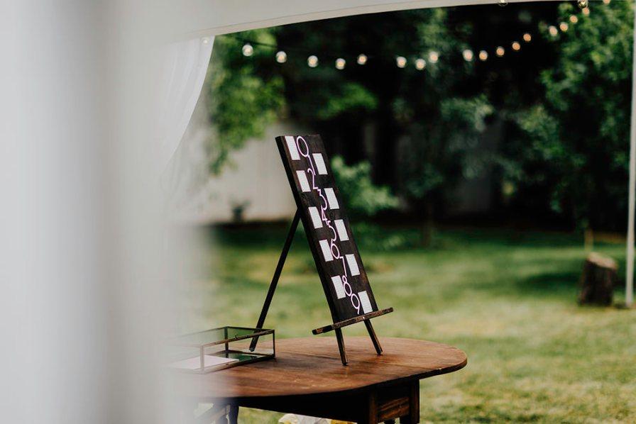 lake-erie-airbnb-backyard-wedding-cleveland-ohio-023