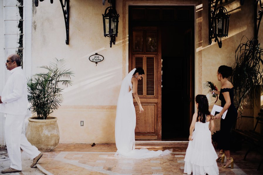 destination-wedding-photographer-la-hacienda-xcanatun-merida-mexico-080.jpg