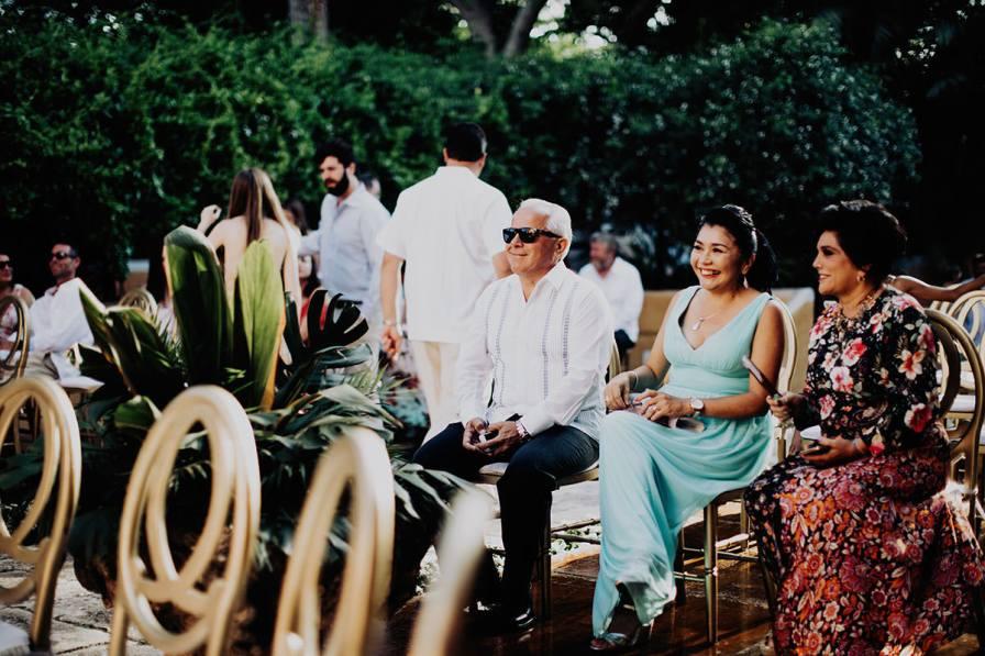 destination-wedding-photographer-la-hacienda-xcanatun-merida-mexico-082.jpg