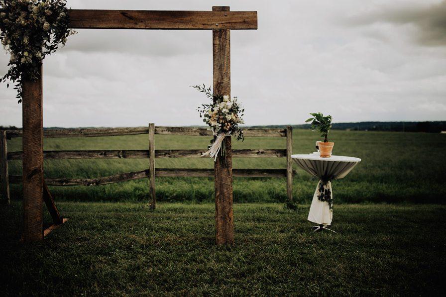 cleveland-backyard-wedding-best-cleveland-wedding-photographer-addison-jones-photography-0041.jpg