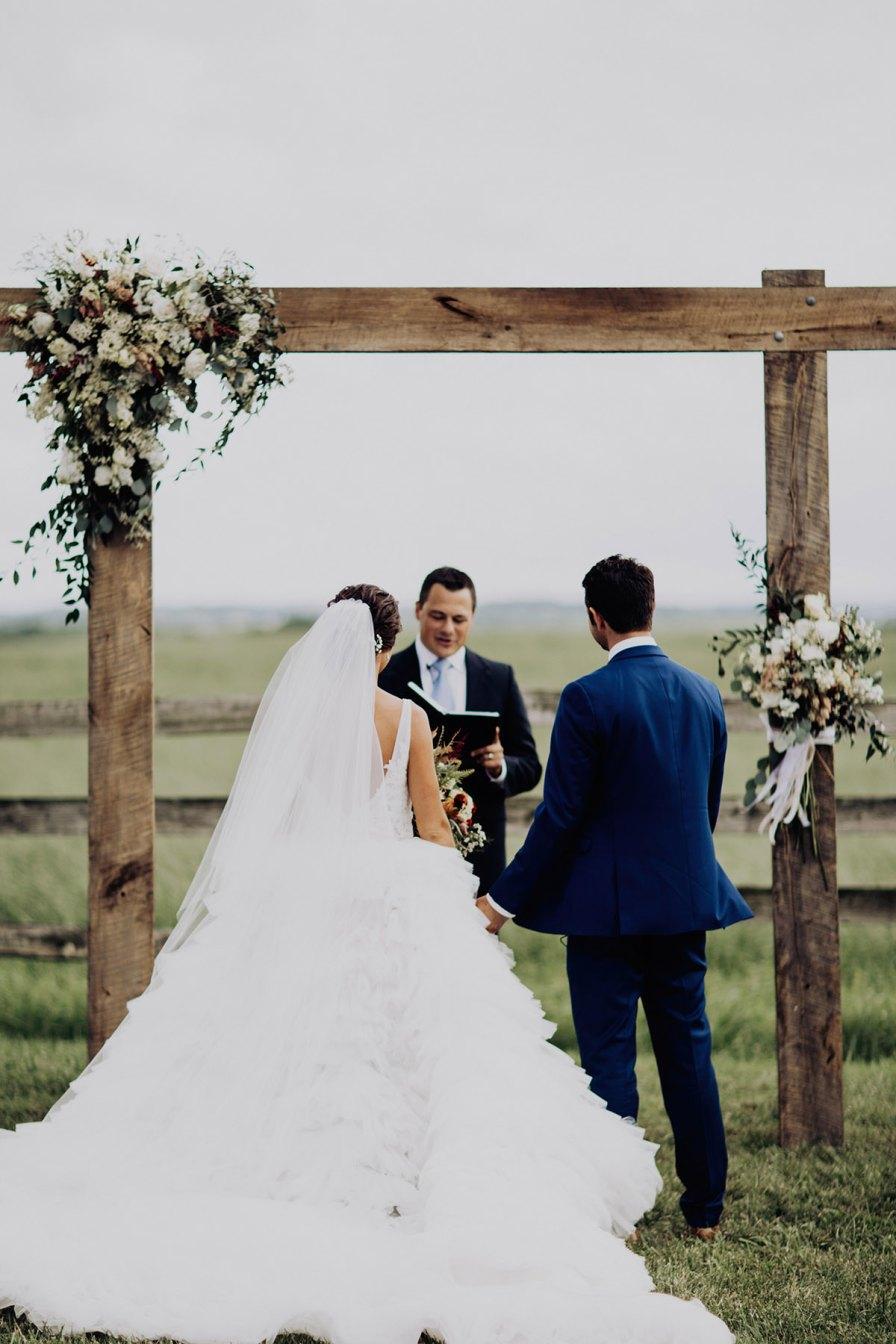 cleveland-backyard-wedding-best-cleveland-wedding-photographer-addison-jones-photography-0057.jpg