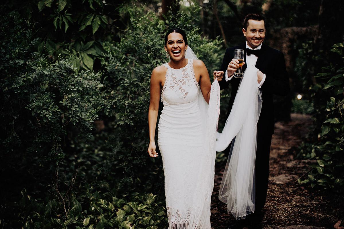 destination-elopement-photographer-yucatan-mexico-couple-laughing