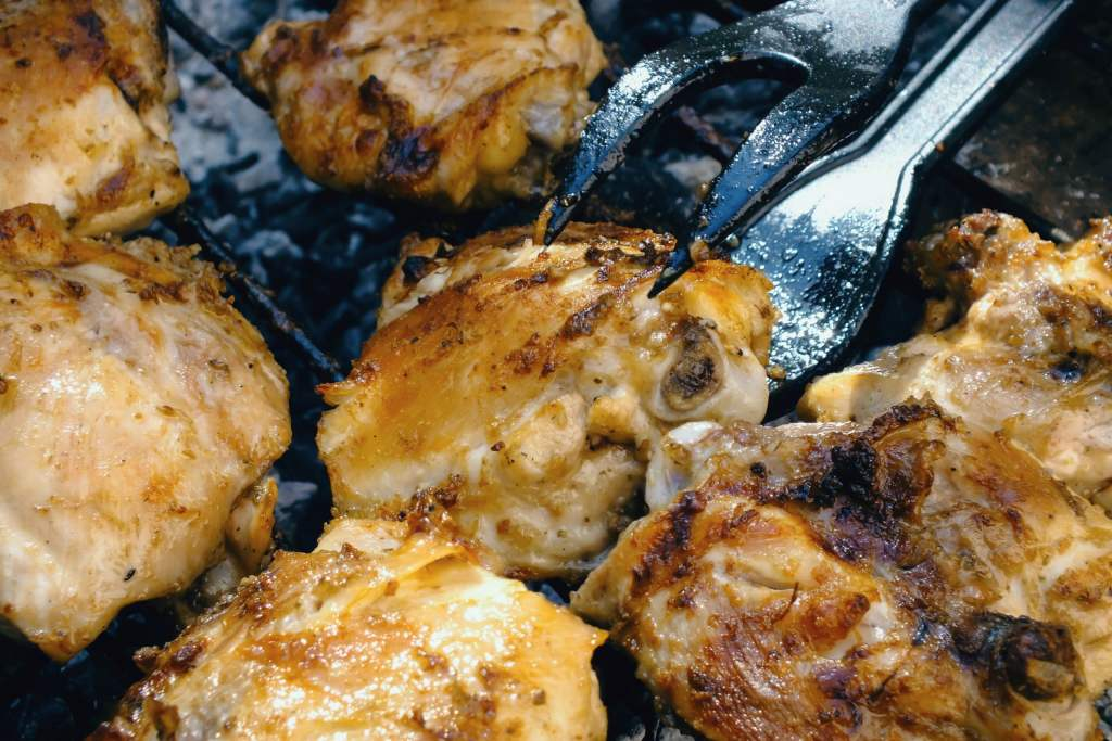 Skinless cooked chicken thighs