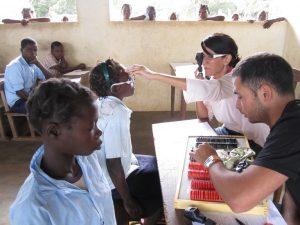 En la Fundación Ojos del Mundo aseguran el acceso a la salud ocular en aquellos lugares donde los medios oftalmológicos son limitados o inexistentes.