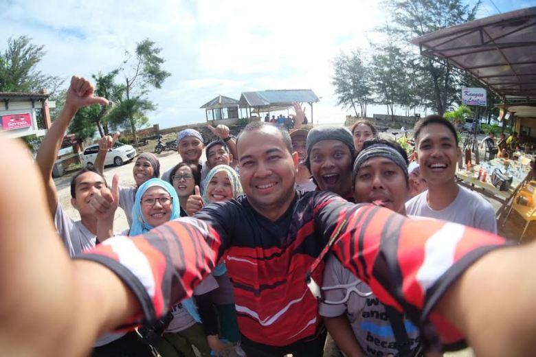 welfie bareng Kelas Blogger oleh Walikota Pangkalpinang Muhammad Irwansyah