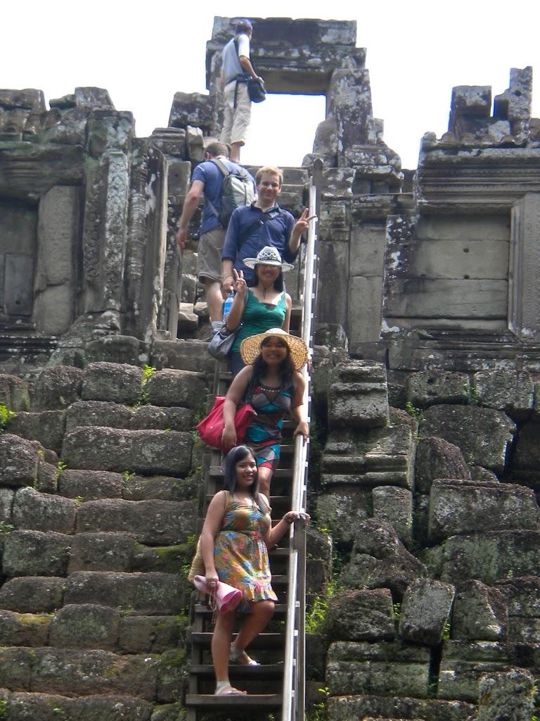 Cambodia steps photobomb