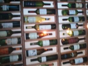 Teto decorativo em garrafas. Itaipava, 2007.