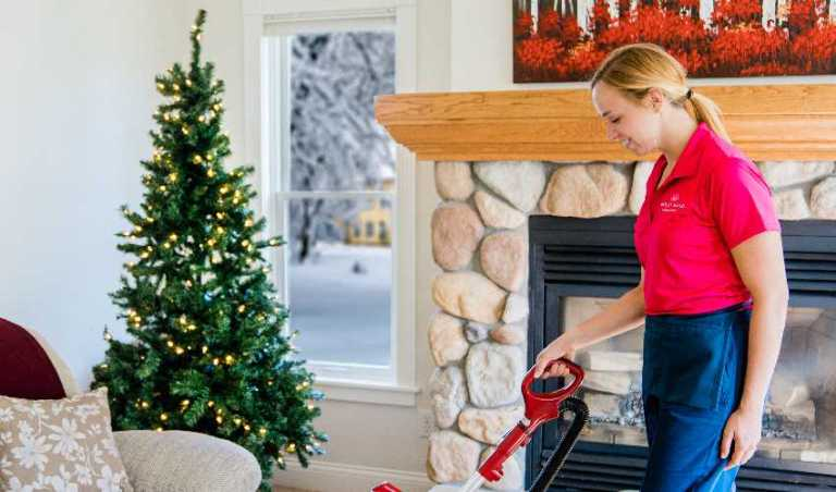 Christmas House Cleaning