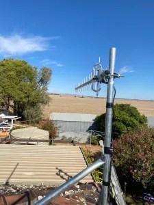 Celfi Antenna and mount