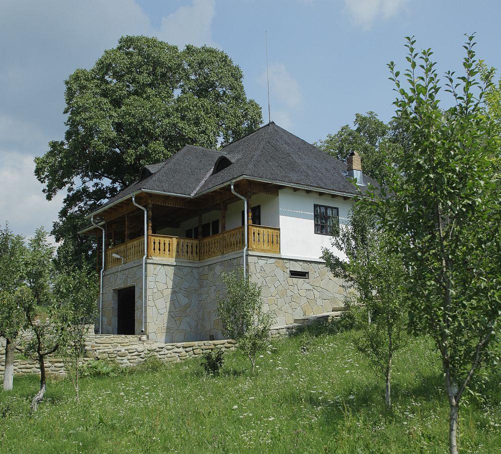 adelaparvu.com despre casa traditionala romaneasca, casa cu arhitectura rustica romaneasca, arh. Doina Petrescu, foto Andrei Baltaretu (9)