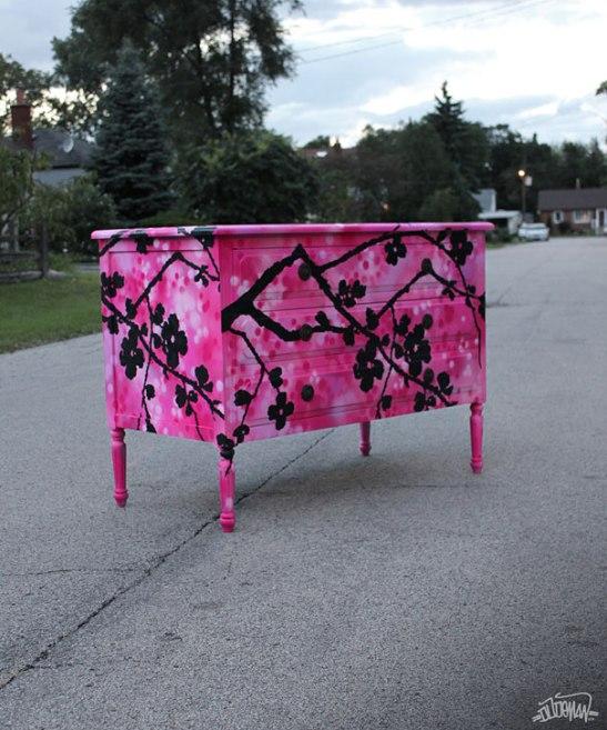 adelaparvu.com despre mobila cu graffiti design Dudeman 6