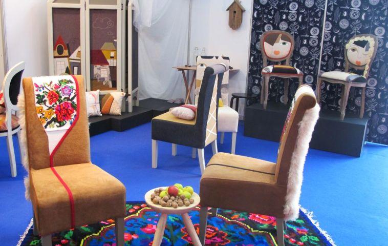 Scaunele 2M Home designer Irina Neacsu
