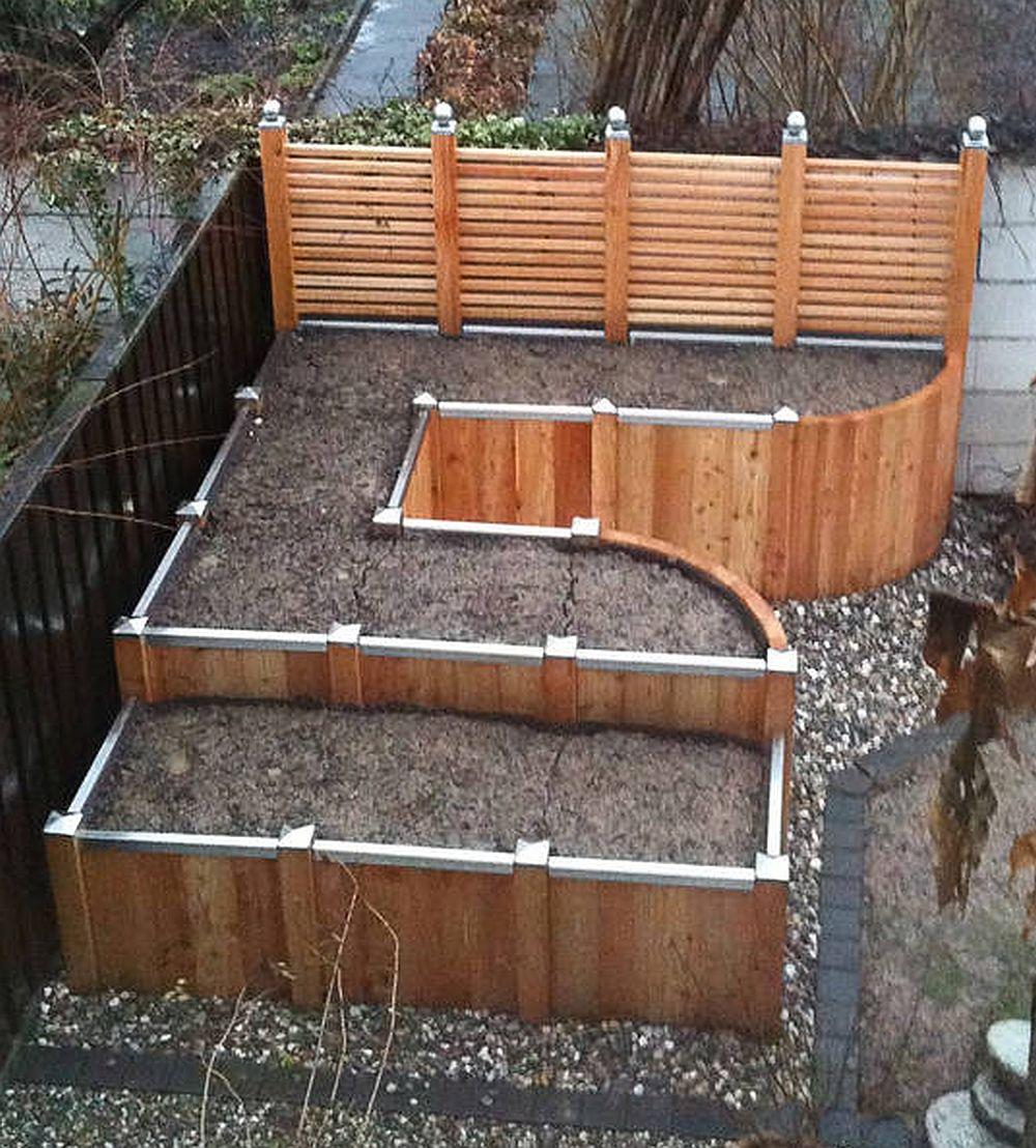 Gradina in amfiteatru cu jardiniere Timberra