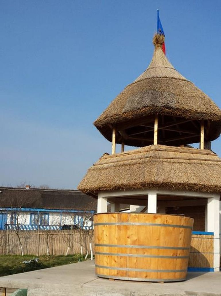 adelaparvu.com despre mester acoperisuri stuf Tanse Dobre (8)
