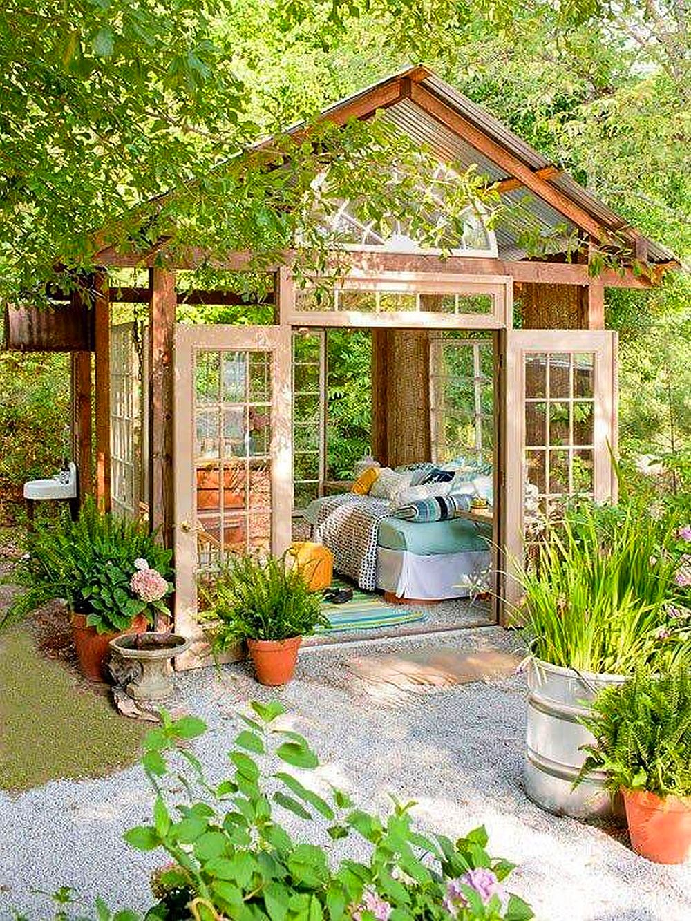 adelaparvu.com despre terase acoperite si chioscuri in gradina Foto Better Home and Garden