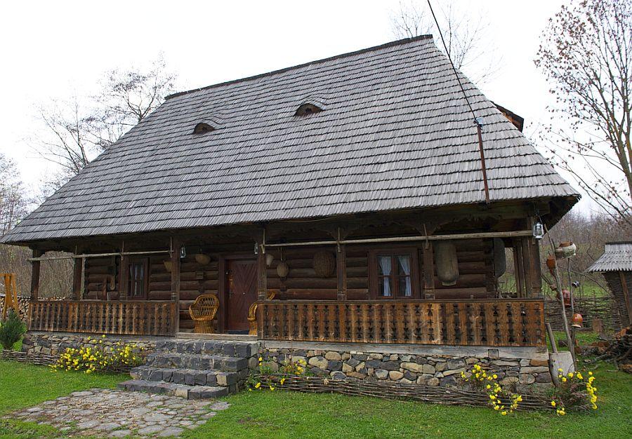 adelaparvu.com despre casa traditionala Maramures, satul Hoteni, Pensiune Marioara satul Breb, Foto Motica (8)