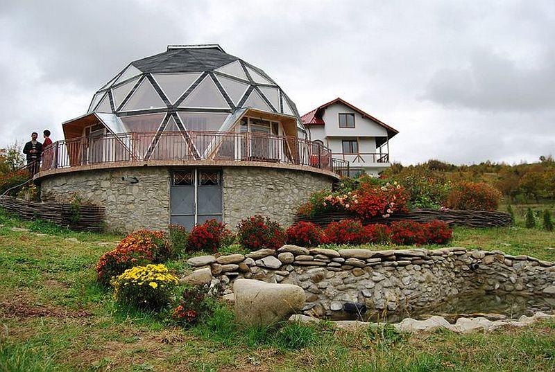 adelaparvu.com despre case tip domuri geodezice, casa dom geodezic, design ing. Alexandru Dinulescu (7)