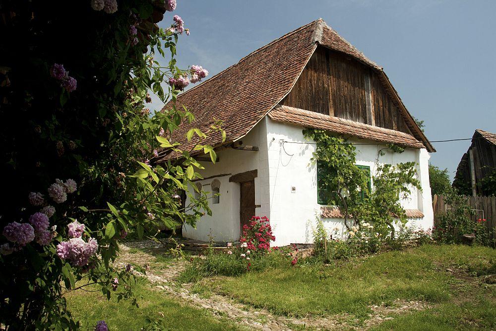 adelaparvu.com despre pensiunea Casa cu Zorele, case traditionale transilvanene, bedandbreakfast Crit, Transilvania, Romania (17)