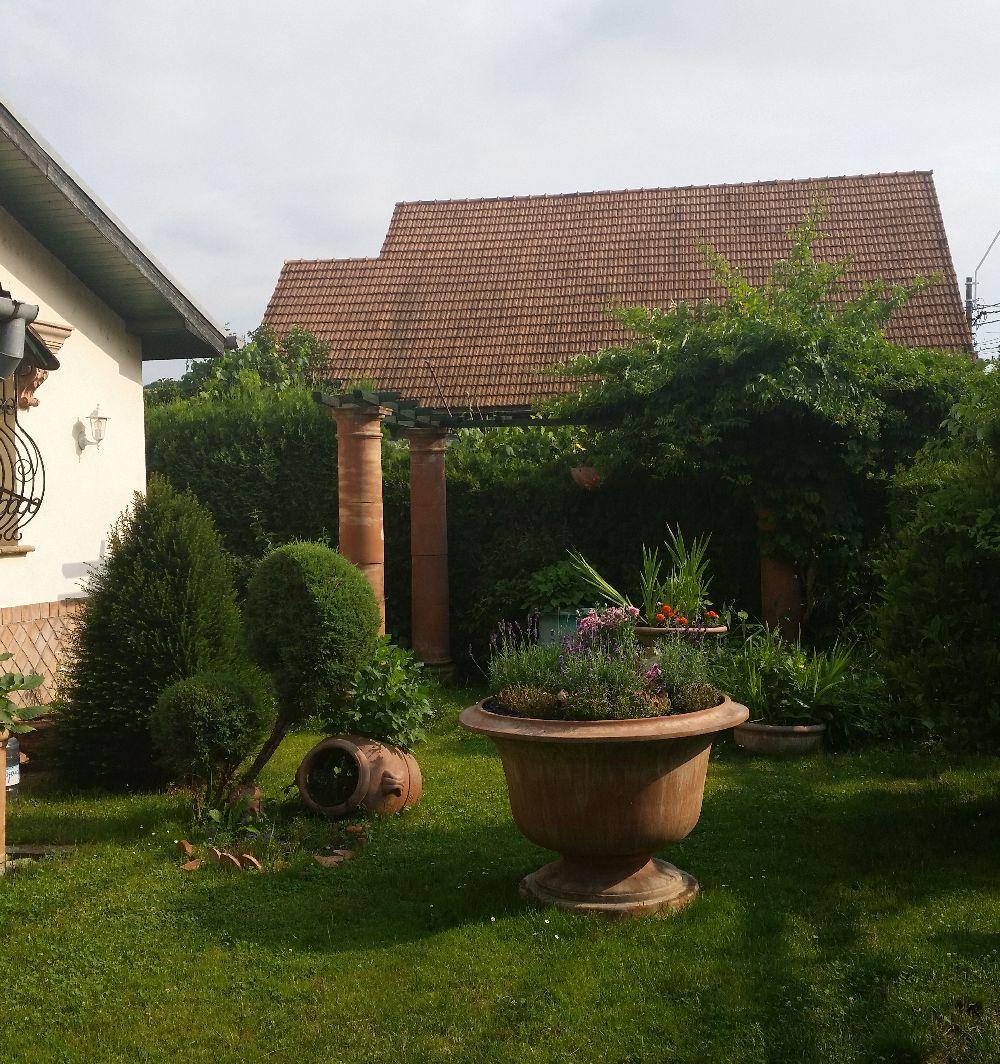 adelaparvu.com despre vase de gradina, ghivece si ornamente din teracota, lut, Terecote Sighisoara Romania (25)
