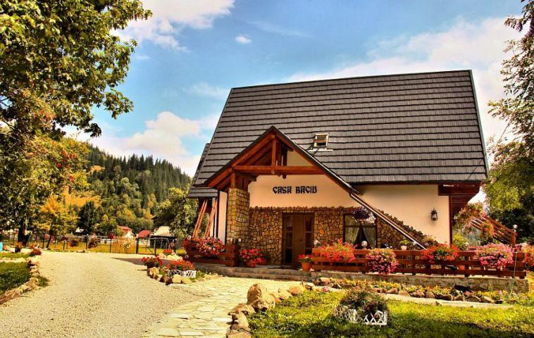 adelaparvu.com despre pensiune Bucovina, Casa Baciu, Fundu Moldovei, Romania (7)