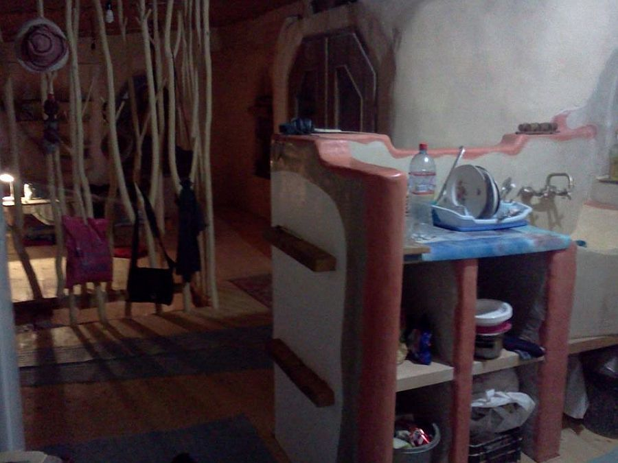 adelaparvu.com despre casa din baloti de paie Popasul Verde, Sangeorz Bai, Romania, proprietar Paul Axinte (13)