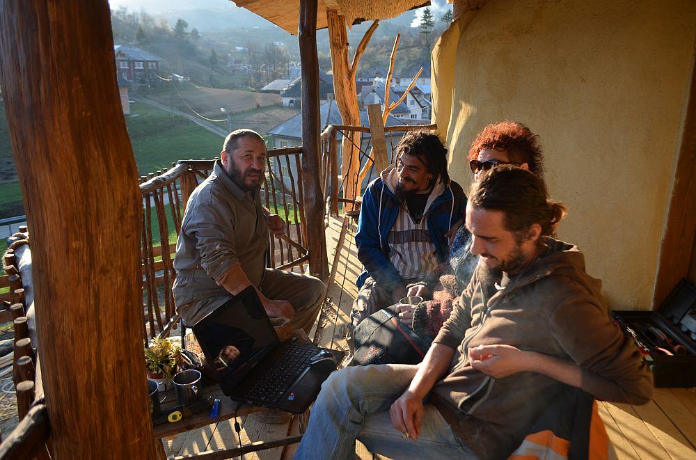 adelaparvu.com despre casa din baloti de paie Popasul Verde, Sangeorz Bai, Romania, proprietar Paul Axinte (18)