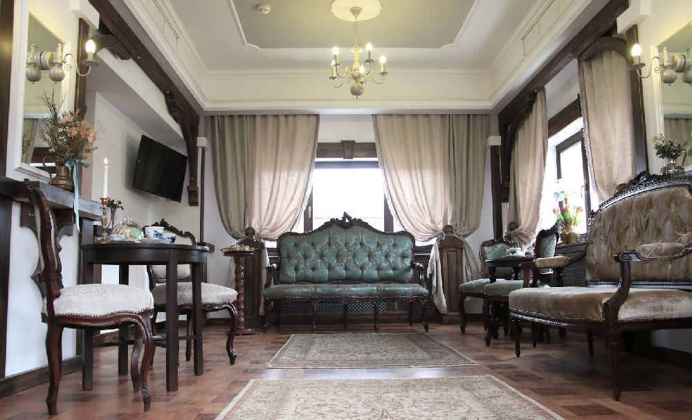 adelaparvu.com despre Casa din Bran Pension, arhitectura Gabriel Henegar, Designer interior Marinela Filip, Foto Andreea Pasca  (6)