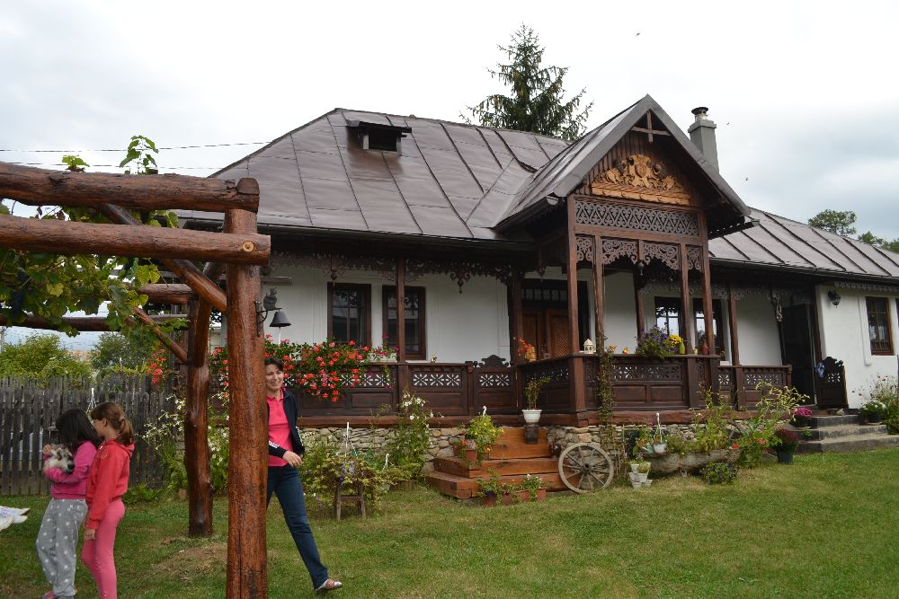 adelaparvu.com despre casa traditionala romaneasca refacuta din Prahova, Romanian traditional house, Prahova region (6)