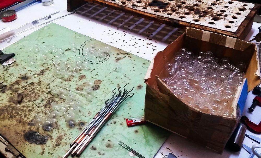 adelaparvu.com despre atelierul de sticlarie Gabriela Seres (43)