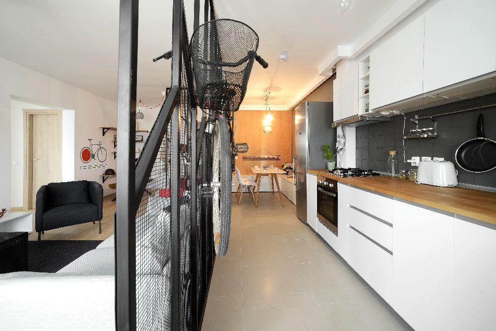 adelaparvu.com despre amenajare apartament 4 camere The Park, designeri Mihnea Ghildus si Marilena Popa (4)