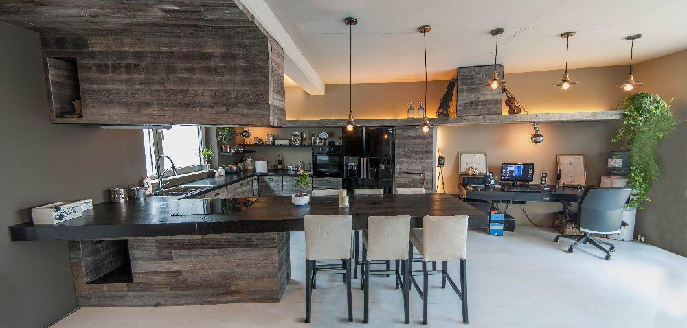 adelaparvu.com despre amenajare apartament cu lemn masiv, design interior arh Ciprian Manda, Foto Aliona Danielescu, Niculae Stoleriu (1)