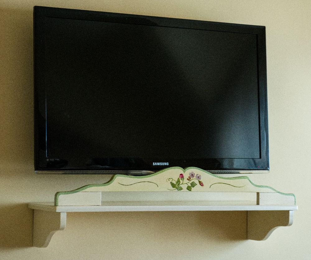 adelaparvu.com despre mobila din lemn pictata, artist Cristina Moldovan, Pictural Decor, Foto Gerry Husti (8)