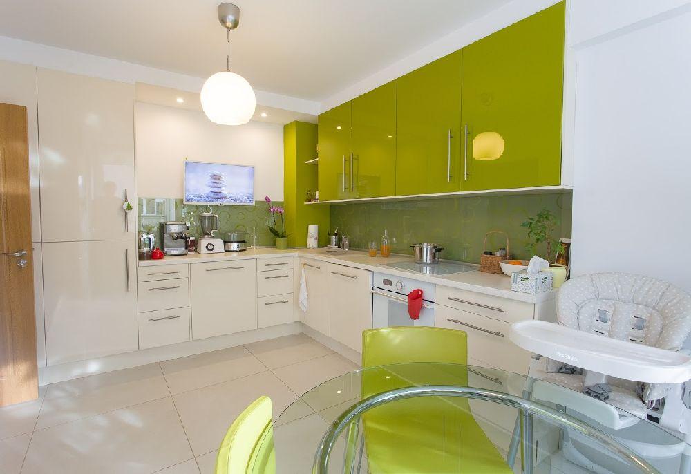 adelaparvu.com despre amenajare apartament 78 mp Miercurea Ciuc, design Botond si Emoke Szakacs, Foto Biro Zoltan, Szasz Gyongyver (20)