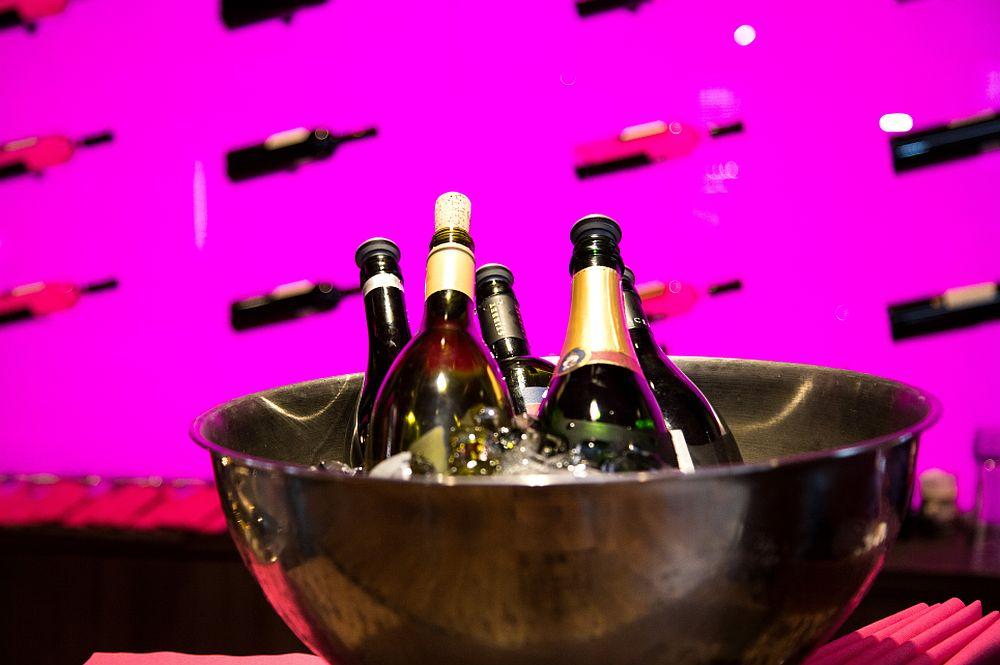 adelaparvu.com despre Winstone, restanurant de vinuri Hotel Novotel, Bucuresti (14)