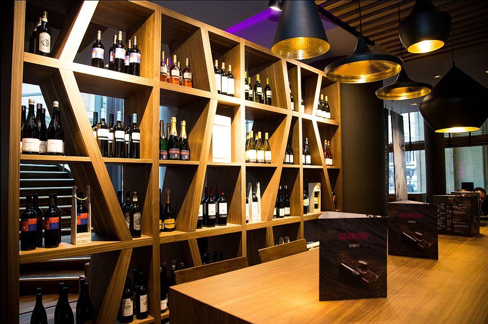 adelaparvu.com despre Winstone, restanurant de vinuri Hotel Novotel, Bucuresti (2)